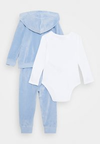 Guess - BABY SET UNISEX - Baby gifts - frosted blue - 1
