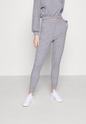 BRUSHED RIB JOGGER - Teplákové kalhoty - grey