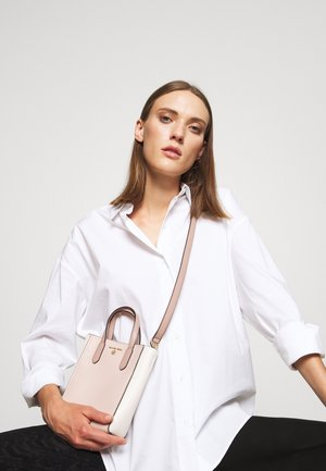 SINCLAIR XS XBODY - Handtas - light pink/off-white