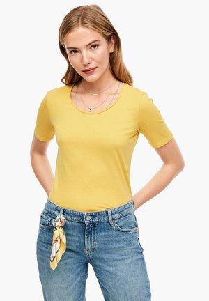 SLIM FIT - Basic T-shirt - yellow