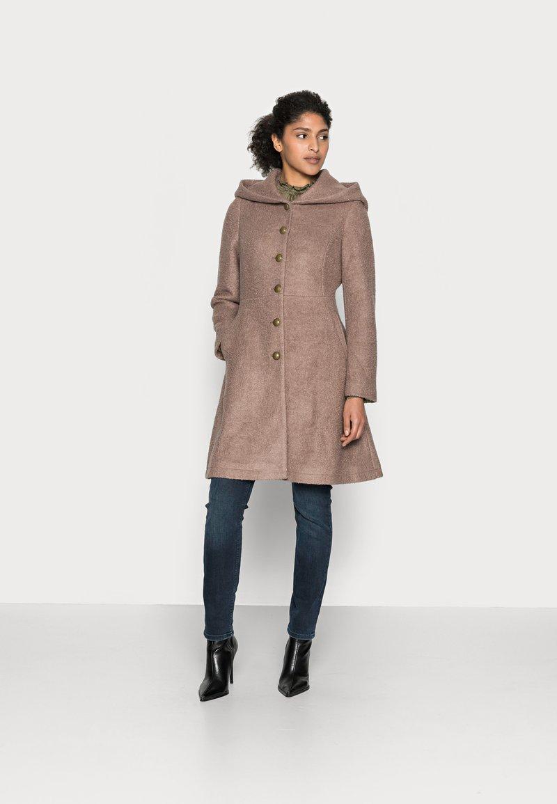 Cream - ANNABELL COAT - Classic coat - faded brown melange
