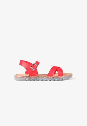 VEGAN LEA  - Sandalias - red