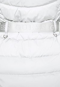 Guess - SARA SHORT JACKET - Down jacket - marble grey - 4