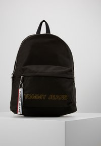 Tommy Jeans - LOGO TAPE DOME BACKPACK - Rucksack - black - 0