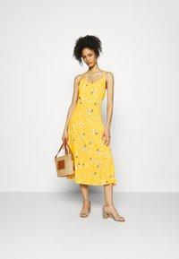 GAP - CAMI MIDI - Day dress - yellow - 1