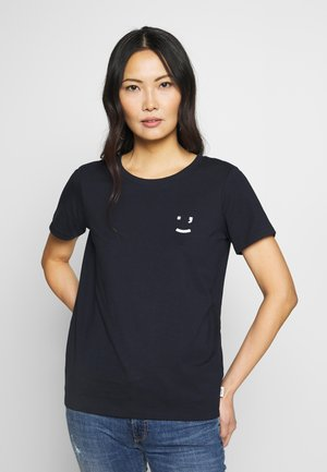 SHORT SLEEVE FRONT  - T-shirts med print - scandinavian blue