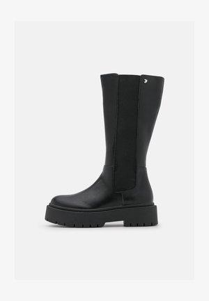 SOHAG - Platform boots - black