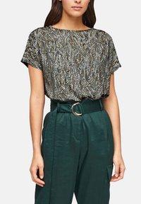 s.Oliver BLACK LABEL - Basic T-shirt - brown aop - 5