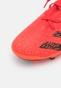 adidas Performance - PREDATOR FREAK .3 MG UNISEX - Moulded stud football boots - red - 5