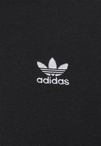 adidas Originals - ESSENTIAL ORIGINALS ADICOLOR HOODIE UNISEX - Mikina skapucí - black - 2