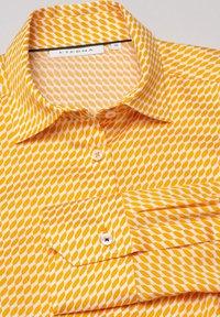 Eterna - MODERN CLASSIC - Button-down blouse - gelb/weiss - 4