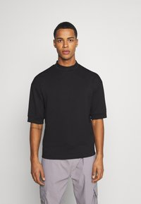 Sixth June - HIGH NECK OVERSIZED TEE - T-shirt - bas - black - 0