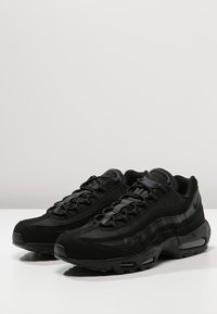 Nike Sportswear - AIR MAX '95 - Trainers - black/anthracite - 2