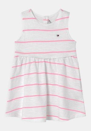 BABY STRIPED SET - Žerzejové šaty - white