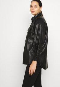 Vero Moda Curve - VMPAULINA VIP  - Skjorte - black - 3