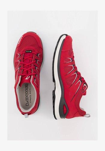 INNOX EVO GTX LO WS - Hiking shoes - himbeer (513)