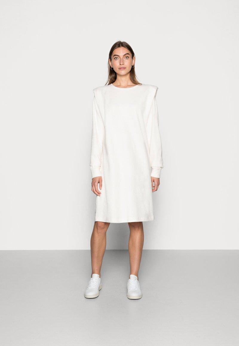 Lounge Nine - CRYMA DRESS - Day dress - eggnog