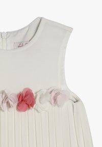 Lili Gaufrette - GLOVER - Koktejlové šaty/ šaty na párty - off white - 4