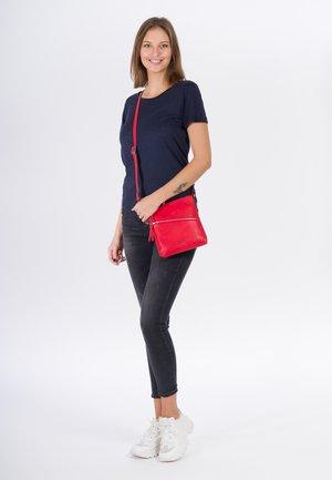 ALESSIA - Sac bandoulière - red