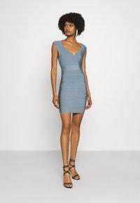 Hervé Léger - SWEETHEART CAP ICON DRESS - Shift dress - abalone - 1