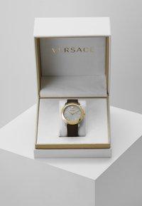 Versace Watches - URBAN - Montre - brown - 4