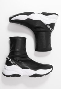 Versace Jeans Couture - CHUNKY SOLE - Baskets montantes - nero - 3
