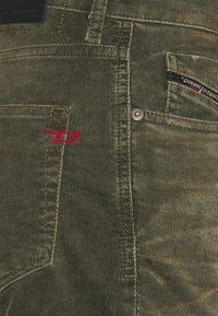 Diesel - D-STRUKT - Slim fit jeans - olive - 2