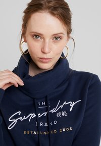 Superdry - APPLIQUE FUNNEL HOOD - Hoodie - navy