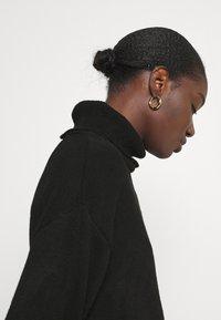 Anna Field - Long line turtle neck - Jersey de punto - black - 3