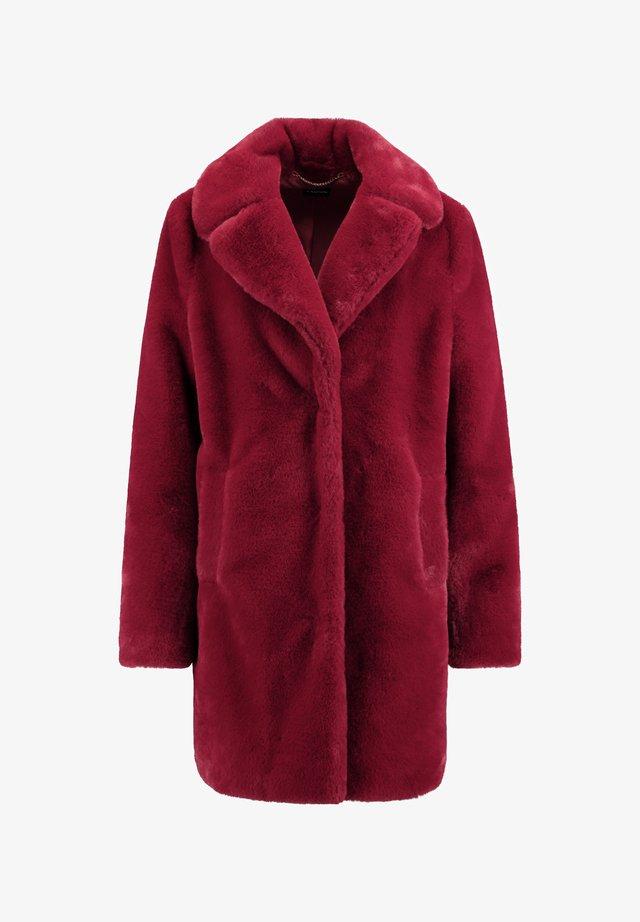 Winter coat - cherry wine