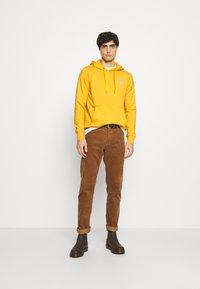 TOM TAILOR DENIM - Hoodie - star shine yellow - 1