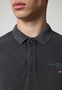 Napapijri - ELBAS - Polo shirt - dark grey solid - 2