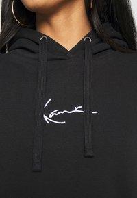 Karl Kani - SMALL SIGNATURE HOODIE - Sweatshirt - black - 4