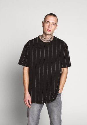 OVERSIZED TEE - Print T-shirt - black