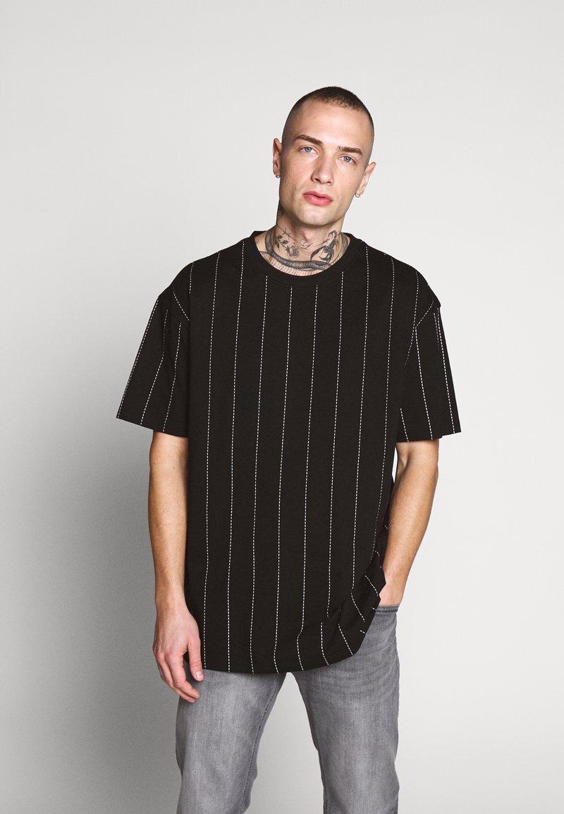 Urban Classics - OVERSIZED TEE - T-Shirt print - black