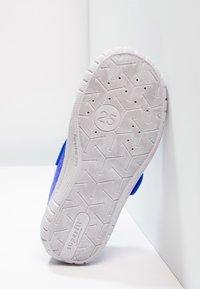 Superfit - BILL - Slippers - bluet - 4
