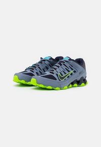 Nike Performance - REAX 8  - Gym- & träningskor - ashen slate/blackened blue/white/electric green/bright mango - 1