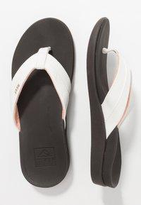 Reef - ORTHO BOUNCE COAST - Sandály s odděleným palcem - brown/white - 1