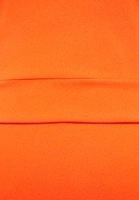 WAL G. - ROUND NECK MIDI DRESS - Vestido de cóctel - orange - 2