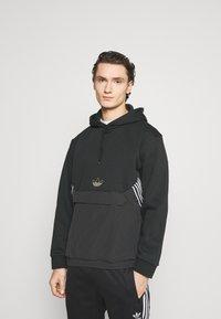adidas Originals - HOODY - Sweatshirt - black - 0
