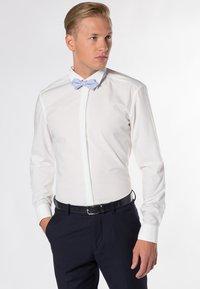 Eterna - SLIM FIT  - Shirt - beige - 0