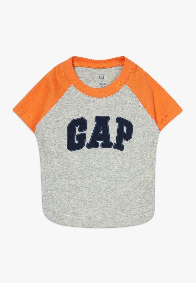 GAP - GARCH - T-shirt z nadrukiem - light heather grey