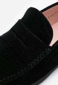 Pretty Ballerinas - CROSTINA - Instappers - black - 6