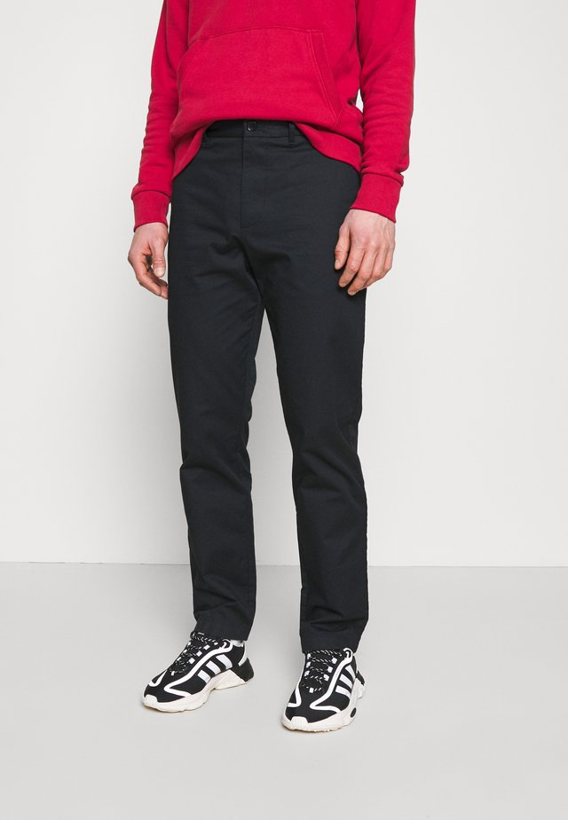 MARCUS LIGHT TWILL TROUSERS - Chinot - black