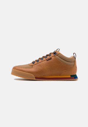 HARLAN - Sneakers basse - tan