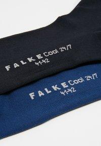 FALKE - COOL 24/7 2-PACK - Calze - dark blue/royal blue - 2