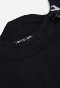 DC Shoes - HOODACLAVA - Gorro - black - 3