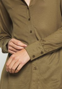 Lounge Nine - Button-down blouse - beech - 5