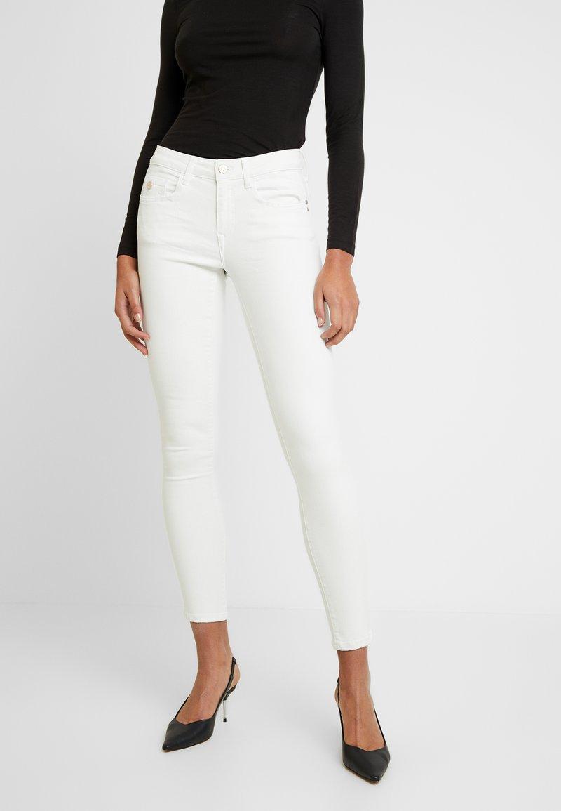 Mavi - ADRIANA - Jeans Skinny Fit - off white washed down