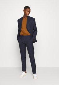 Isaac Dewhirst - CHECK SUIT - Traje - dark blue - 1